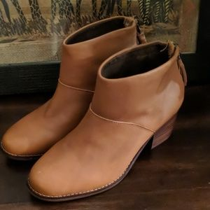 Toms New Leather Heeled Carpe Diem Ankle Booties